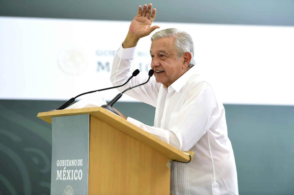 El presidente Andrés Manuel López Obrador reconoció que no obstante el aumento de 16 por ciento al salario mínimo de México, en los países origen de migrantes como Guatemala, Honduras y El Salvador esa percepción económica es del doble. (NOTIMEX)