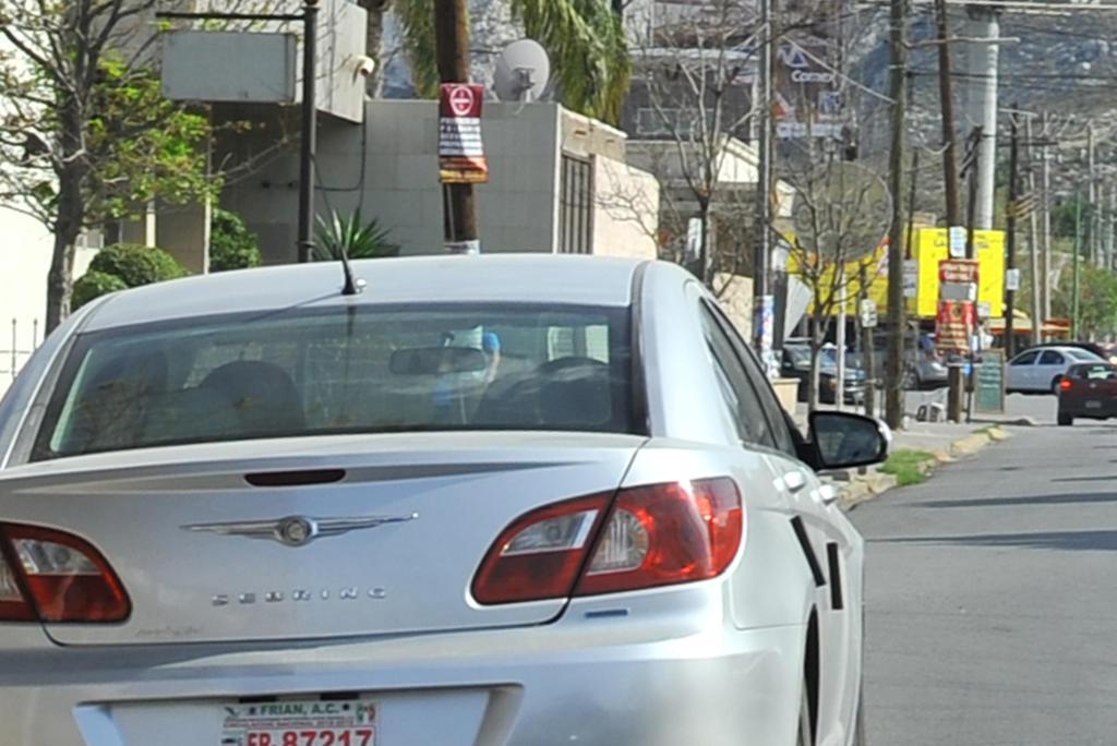Coahuila no está a favor de la regularización de los autos