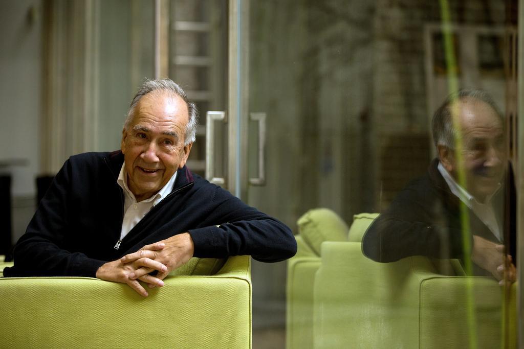 Margarit ha recibido el Premio Nacional de la Crítica (1984 y 2008), el Rosalía de Castro (2008) o el Nacional de Poesía 2008 del Ministerio de Cultura por la obra