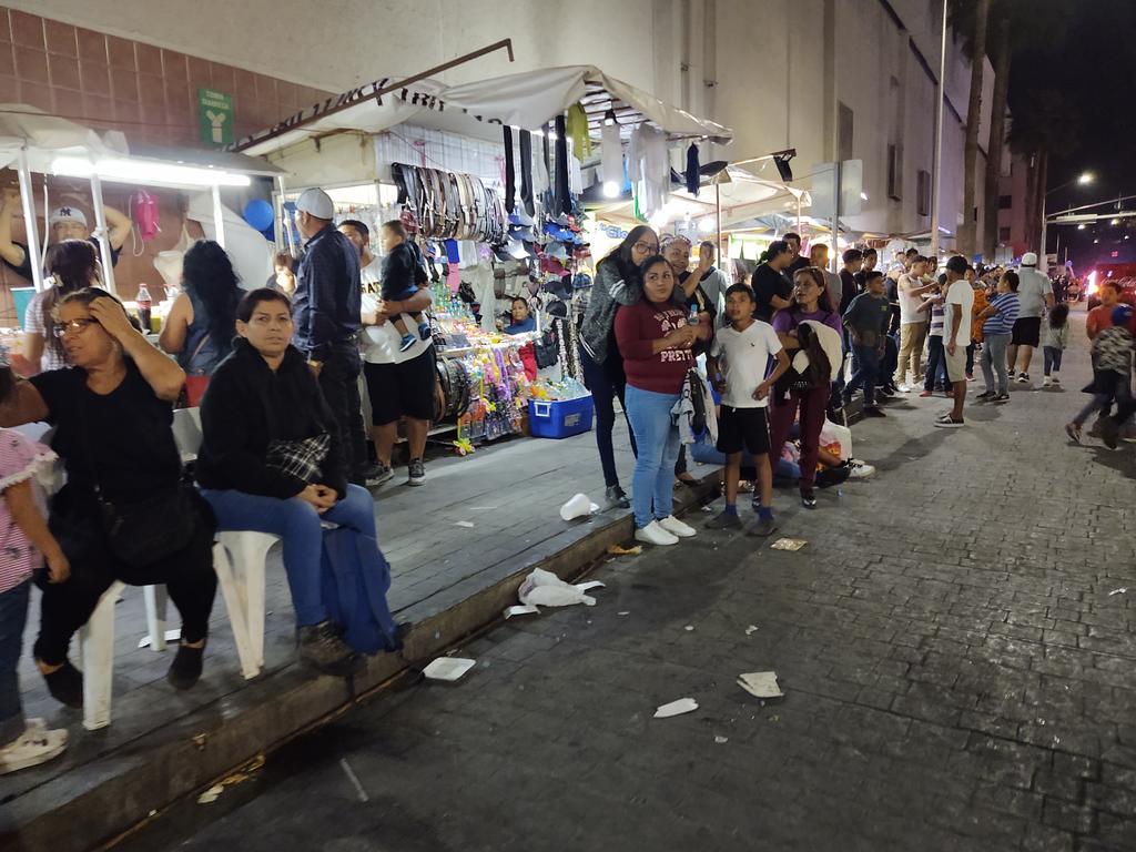 Pese al llamado que ha realizado la misma Diócesis de Torreón de cuidar la imagen de la ciudad durante las peregrinaciones, la basura es evidente.