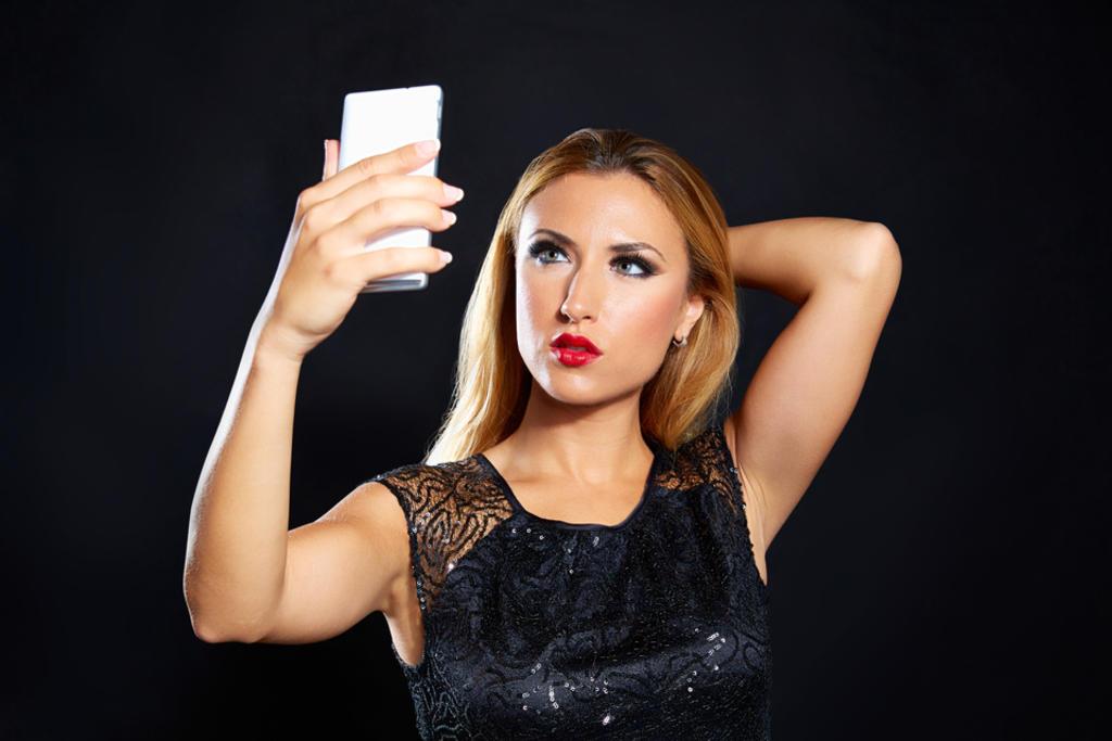 Make App, una aplicación que sirve para ver cómo luce alguien en una imagen sin maquillaje. (ARCHIVO)