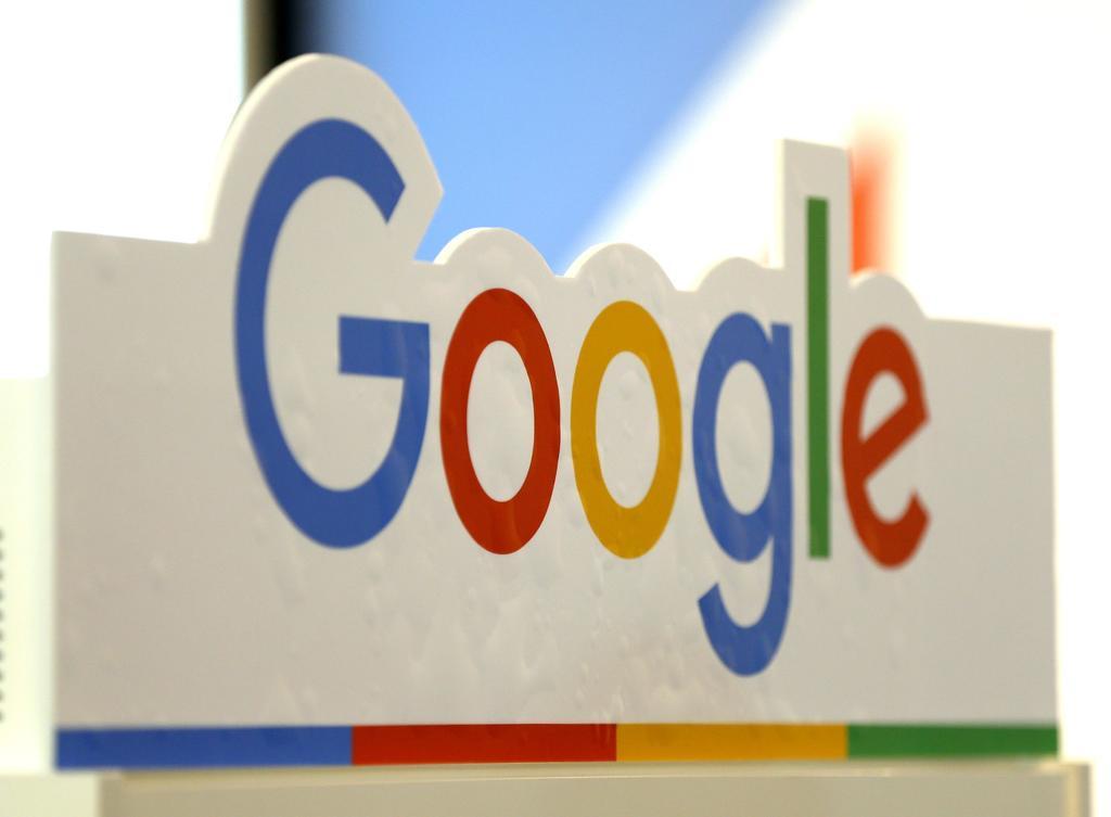 Google rectificó ante la polémica suscitada por sus recientes cambios en la manera de mostrar los anuncios que aparecen en los resultados de las búsquedas y aseguró que experimentará con otras alternativas. (ARCHIVO)