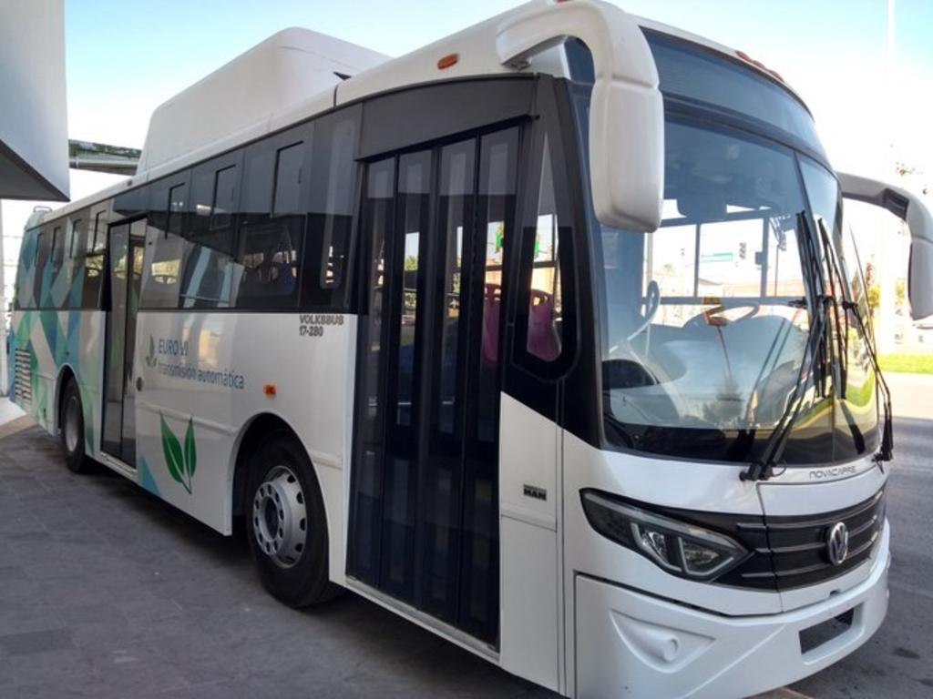 La empresa Volkswagen México presentó este viernes dos propuestas de unidades para ser utilizadas en el sistema Metrobús Laguna, se trata de vehículos que se podrían utilizar en la llamada ruta troncal, a lo largo de la carretera Torreón-Matamoros. (EL SIGLO DE TORREÓN)