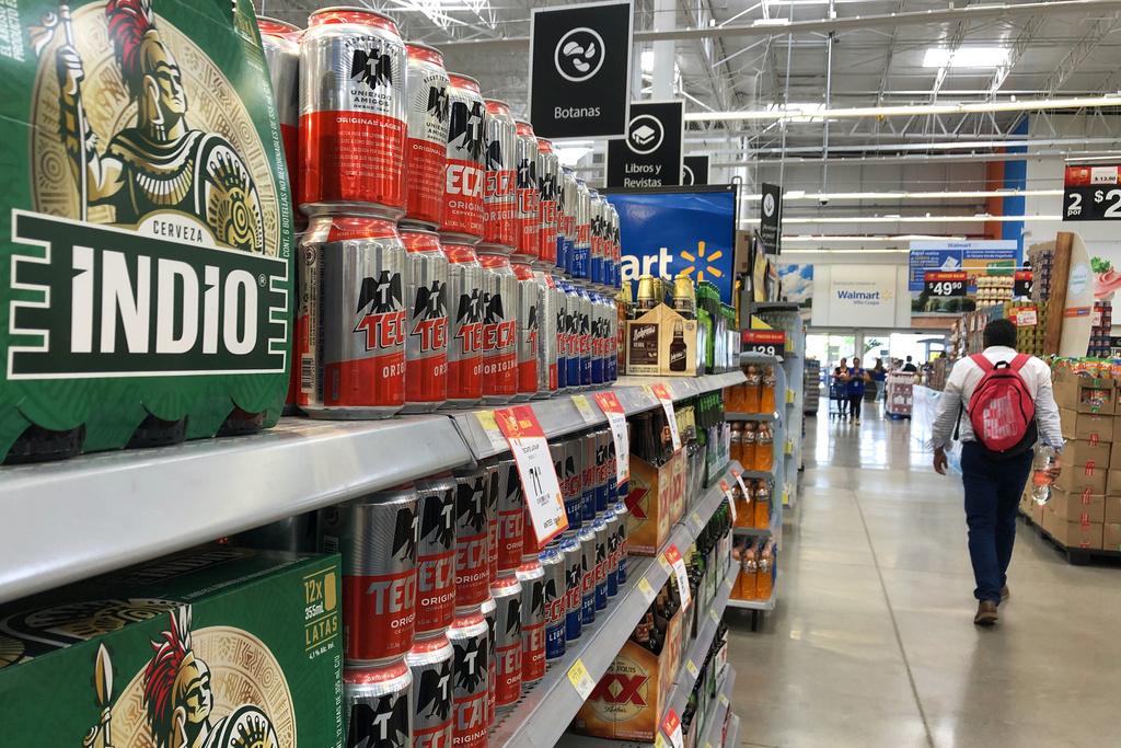 Paran labores en la cervecería Cuauhtémoc Moctezuma, pero descartan desabasto de producto en Torreón. (ARCHIVO)