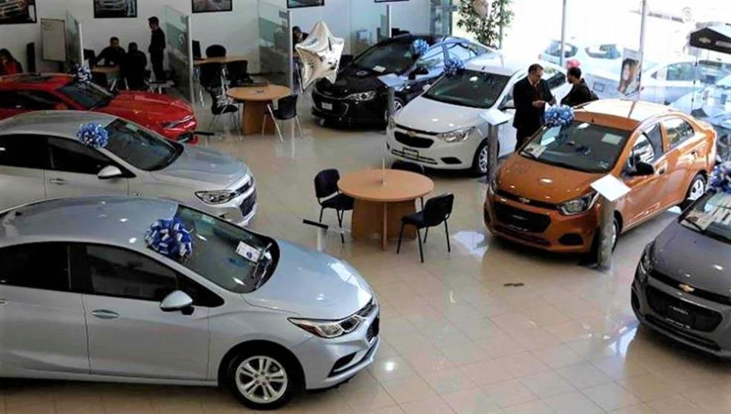 Las ventas de mayo fueron 20.4% superiores a las de abril, cuando se comercializaron solo 34 mil 903 vehículos. (ARCHIVO)