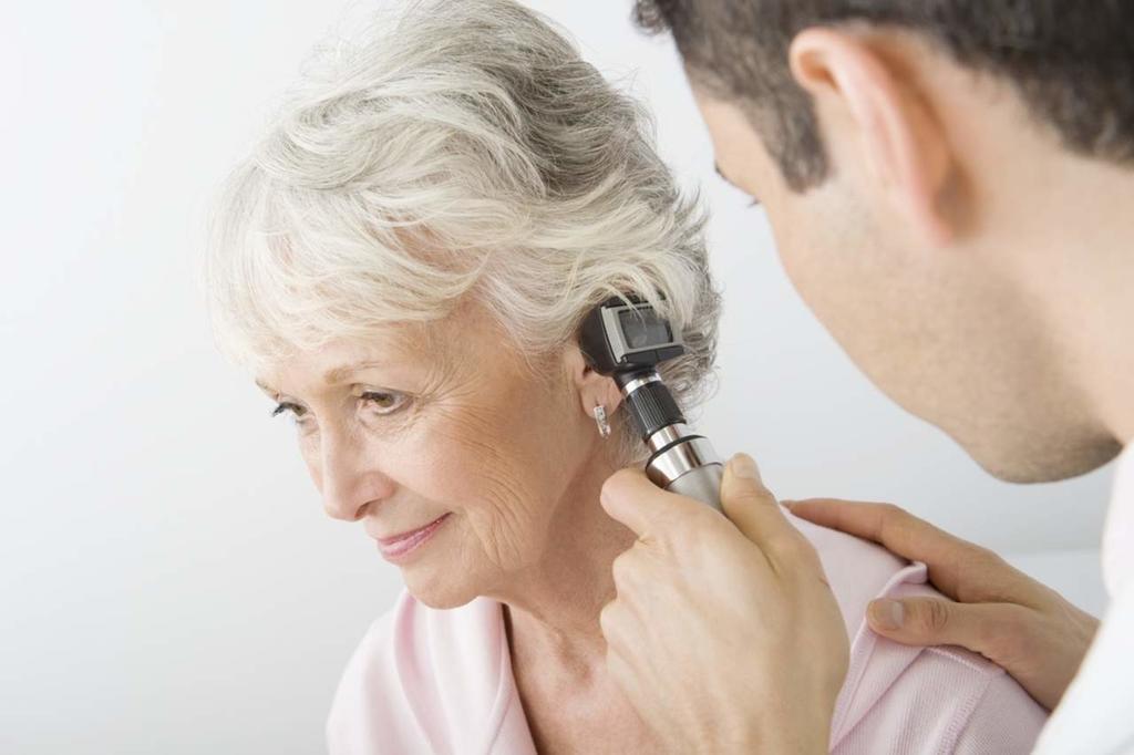 Una variante genética hereditaria es causa frecuente de la sordera en adultos, lo que implica que miles de personas pueden estar en riesgo de esta discapacidad. (ESPECIAL)