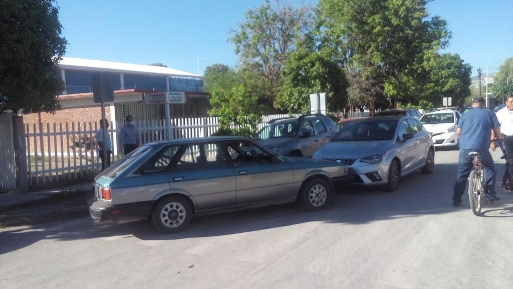 El responsable del accidente está identificado como Eleazar, de 35 años de edad, conductor de un vehículo de la marca Nissan.