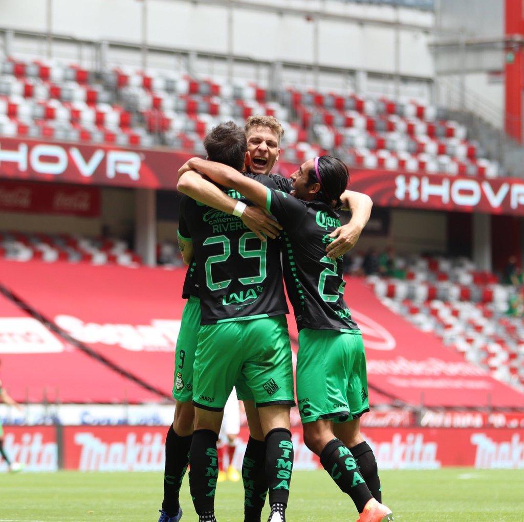 La felicidad regresó a los Guerreros, que ayer lograron su primer triunfo como visitantes en el Guardianes 2020. (Cortesía Santos)