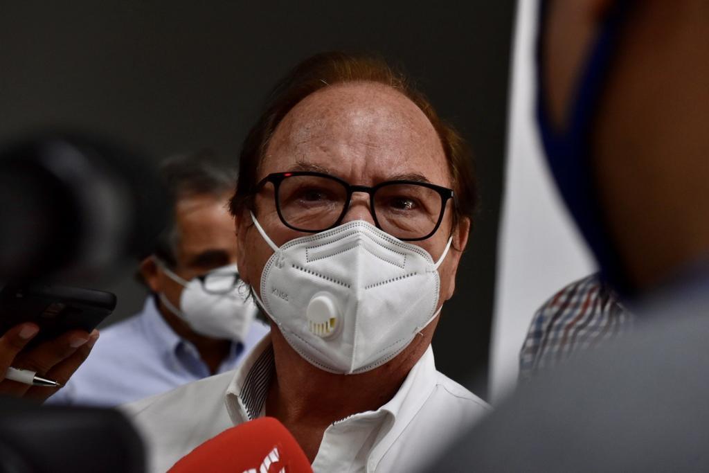 Mediante un comunicado la Secretaría de Salud de Coahuila dio a conocer que el Dr. Roberto Bernal Gómez, titular de la dependencia dio positivo a la prueba de COVID-19. (ARCHIVO)
