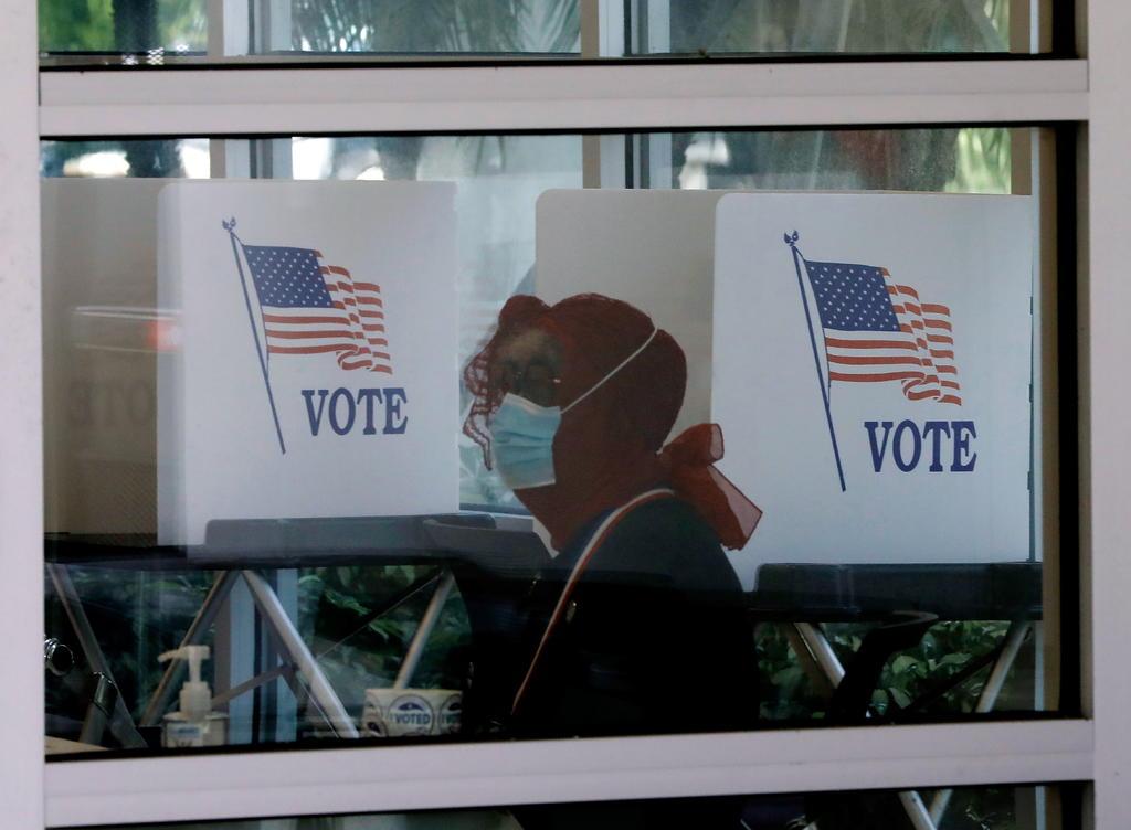 Más de 90 millones de estadounidenses han votado, según el recuento del US Election Project, a 3 días de las elecciones el próximo martes. (ARCHIVO)