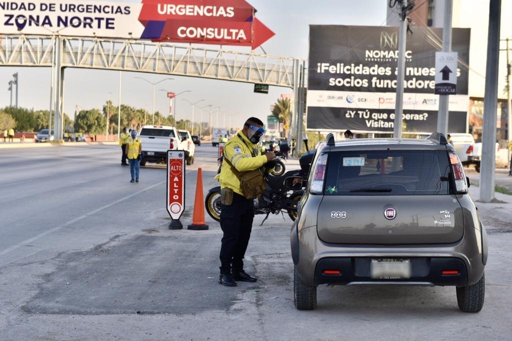 El Operativo Radar inició su operación el pasado lunes 16 de noviembre con la finalidad de disminuir los accidentes en las principales vialidades de Torreón e inhibir el exceso de velocidad. (ÉRICK SOTOMAYOR)