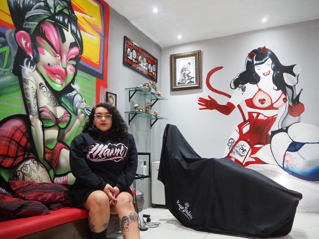 Evolución. Actualmente, la artista Diana Angón trabaja en su estudio ubicado en la colonia Las Carolinas.