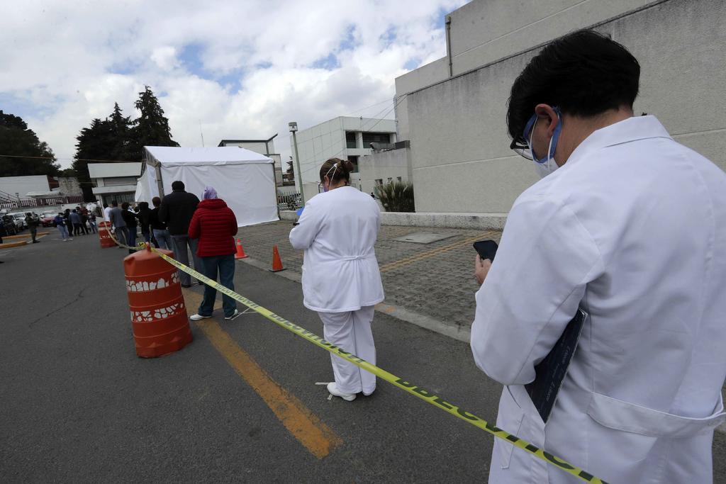 El Gobierno de México autorizó este lunes que los Gobiernos estatales y el sector privado puedan comprar por su cuenta vacunas contra la COVID-19, gracias a un acuerdo publicado en el Diario Oficial de la Federación (DOF). (ARCHIVO)