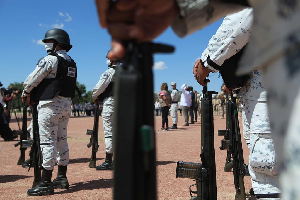 Una veintena de congresistas demócratas de Estados Unidos (EUA) pidieron este jueves al Gobierno del presidente Joe Biden que revise parte de la ayuda de seguridad a México, al considerar que la militarización en el país vecino ha resultado en abusos de derechos humanos sin conseguir debilitar a los cárteles de la droga. (ARCHIVO)