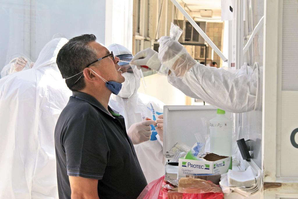 Al día de hoy, se contabilizan en Coahuila 67,103 casos, incluidos 5,706 decesos. (ARCHIVO)