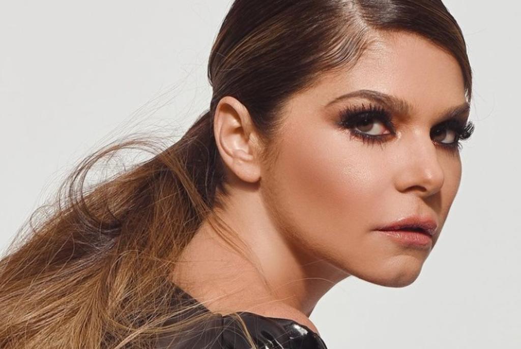 La actriz mexicana 'enamoró´' con sus habilidades en el tubo a sus seguidores en redes (@ITATIC_OFICIAL)