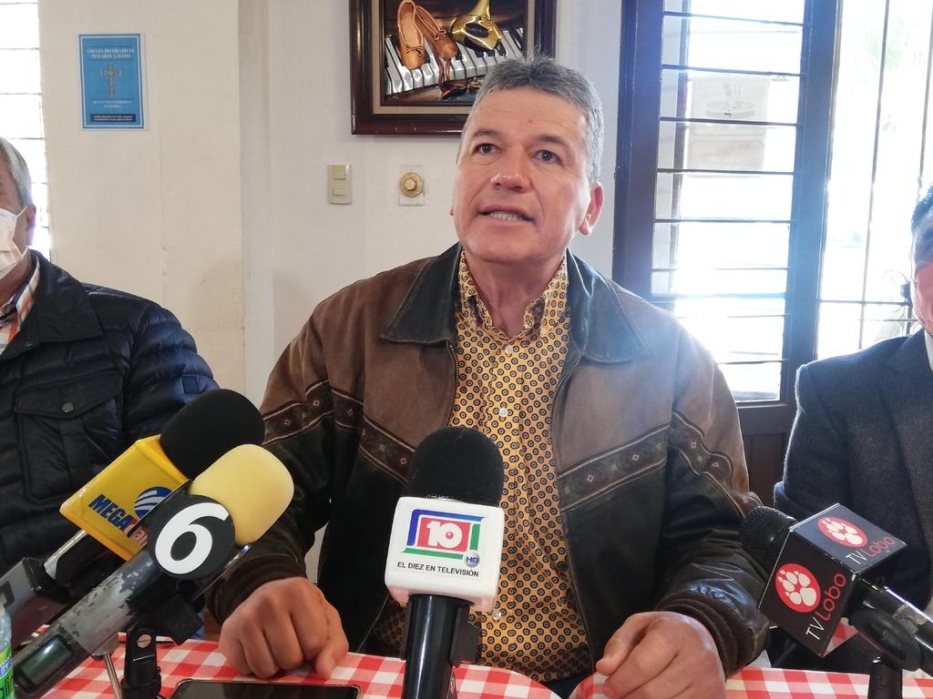 El exalcalde de Lerdo, Carlos Aguilera, anunció ayer su llegada al Movimiento Ciudadano.