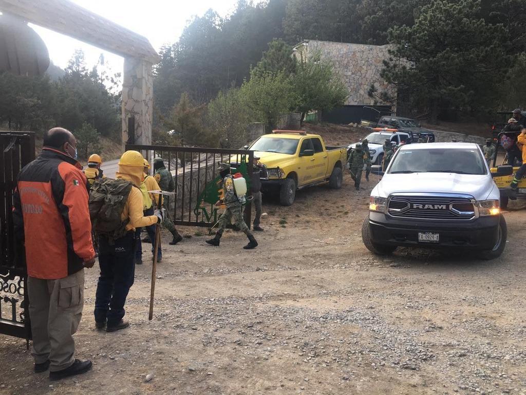 El nuevo incendio en la Sierra de Arteaga, ubicado en Monterreal, presenta un control del 80 por ciento y de 70 % en su liquidación, de acuerdo a la Secretaría de Medio Ambiente (SMA) de Coahuila. (EL SIGLO DE TORREÓN)
