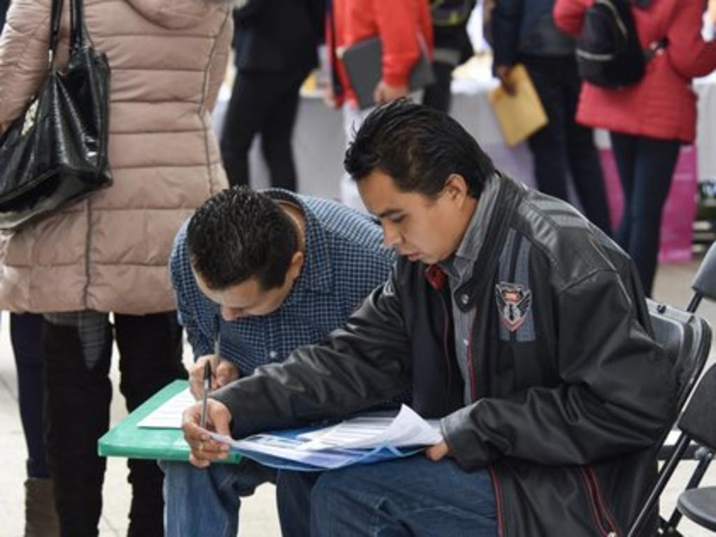 En el gobierno de Enrique Peña Nieto, y en buena medida a causa de la reforma laboral de 2012, el incremento del empleo registró un total de 4 millones 162 mil 990 nuevos empleos formales, registrando así un alza del 25.5% y promedio mensual de 4.2%. (ARCHIVO)