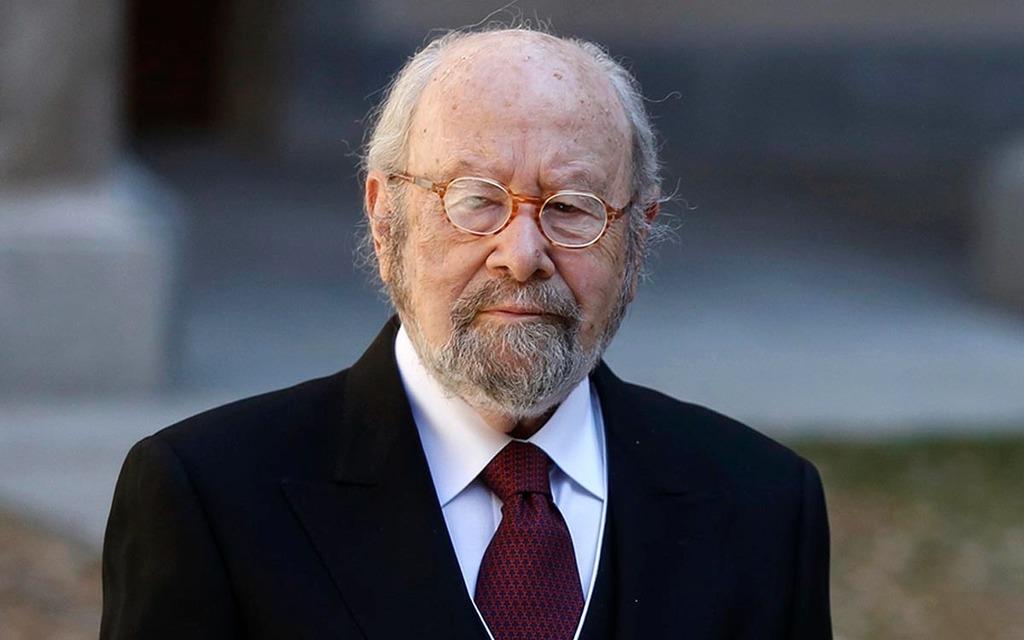Despedida. El autor recibió el Premio Cervantes en 2012 y el Premio Reina Sofía en 2004.