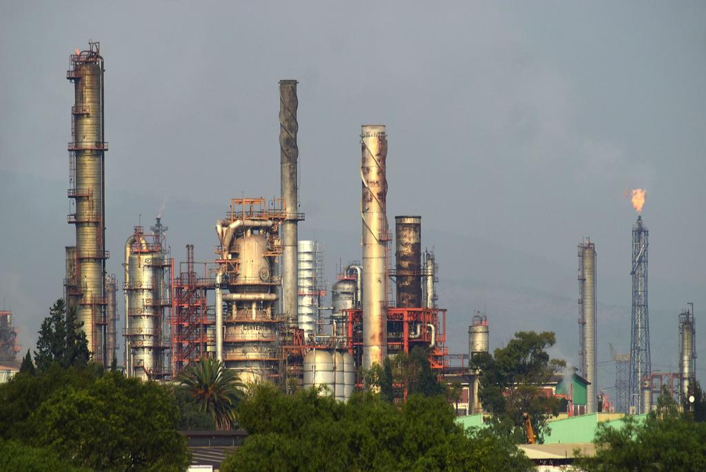 El juez Juan Pablo Gómez Fierro suspendió, con efectos generales, la entrada en vigor de la reforma a la Ley de Hidrocarburos publicada el pasado 4 de mayo en el Diario Oficial de la Federación (DOF). (ARCHIVO)