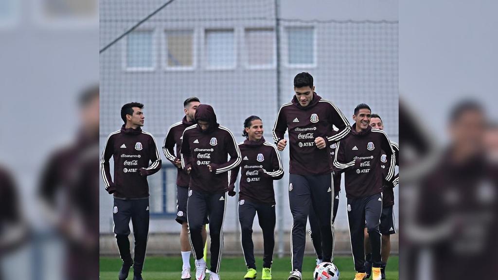 Se dio a conocer la lista preliminar de 40 futbolistas convocados por Gerardo Martino, técnico de la Selección Mexicana, para los duelos por la Liga de Naciones de la Concacaf.  (ESPECIAL)