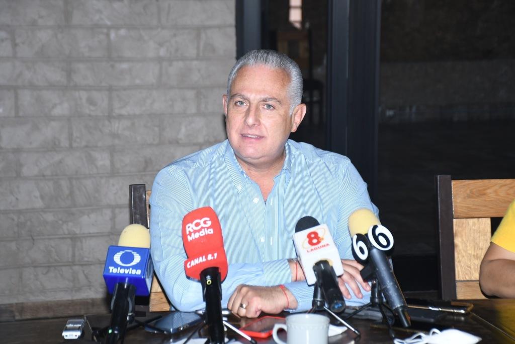El alcalde electo de Torreón, Román Cepeda, señaló que revisarán todas las áreas del Municipio.