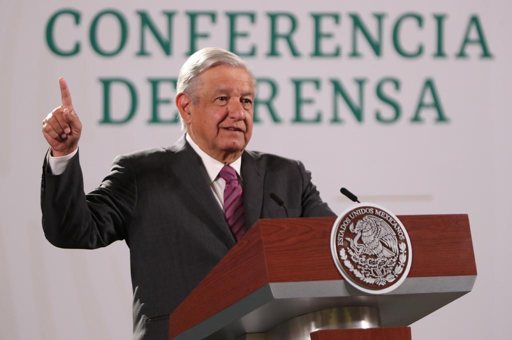 López Obrador garantizó este jueves que la investigación sobre la desaparición de los 43 estudiantes de Ayotzinapa continuará hasta hacer