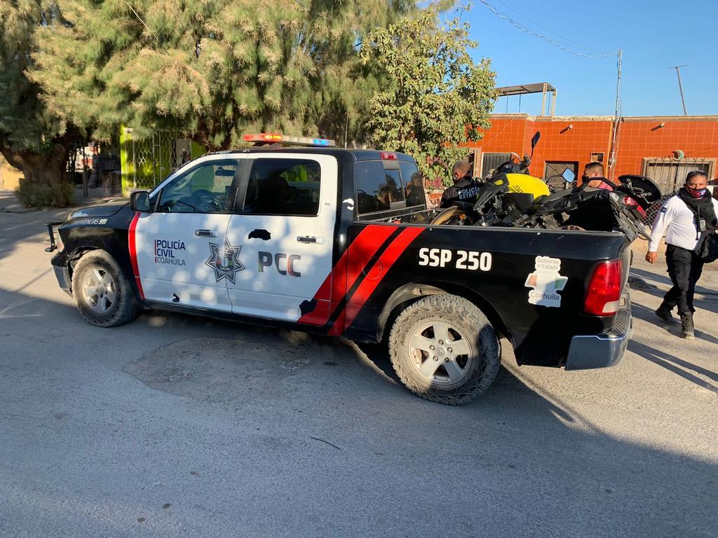 Agentes de la Policía Civil de Coahuila recuperaron la motocicleta. (EL SIGLO DE TORREÓN)