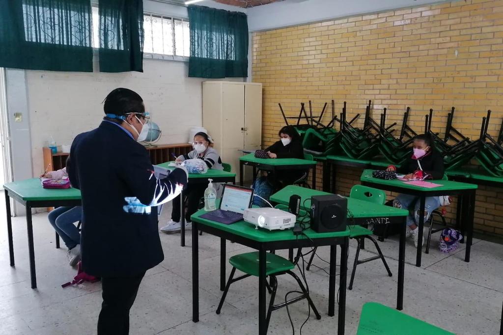 La Secretaría de Educación Pública (SEP) de México informó este jueves que están asegurados tres periodos vacacionales en el próximo ciclo escolar 2021-2022. (ARCHIVO)
