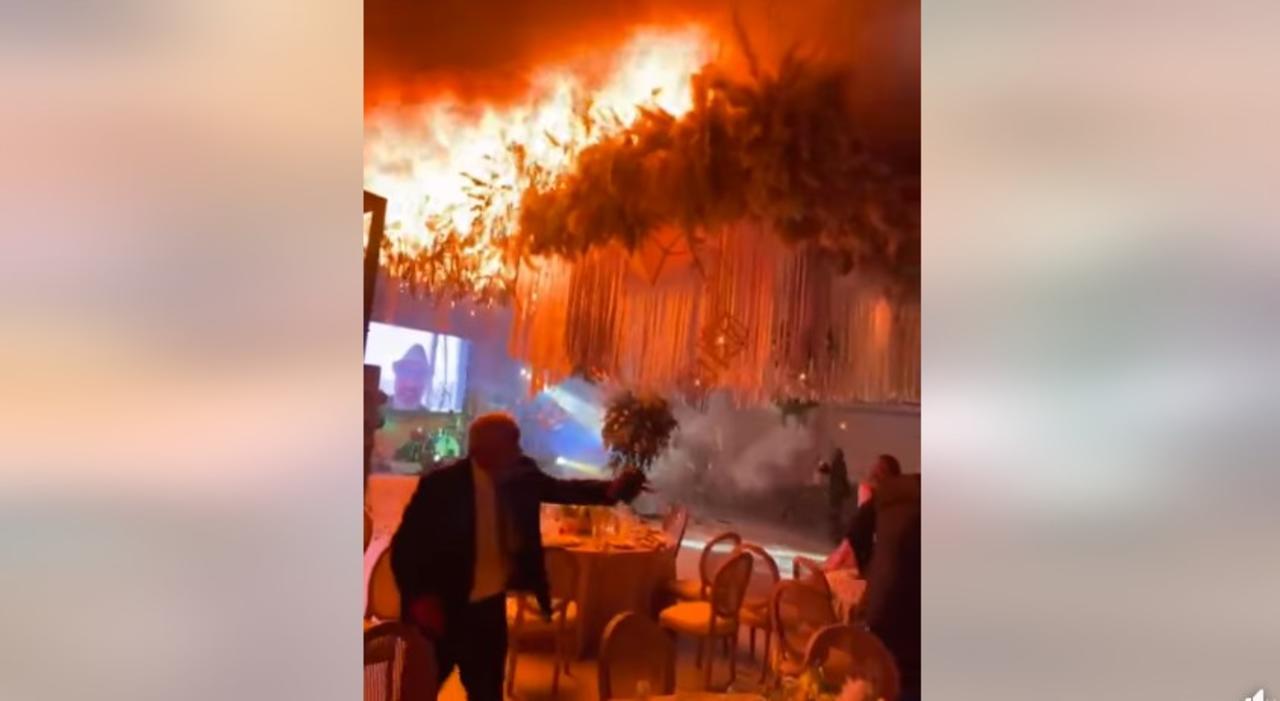 Será el próximo lunes cuando se den a conocer las sanciones que se aplicarán a los responsables del incendio ocurrido ayer viernes por la noche en el salón Fortana de Torreón, lugar en el que tuvo que suspenderse una boda luego de que un espectáculo de pirotecnia se saliera de control. (ESPECIAL)
