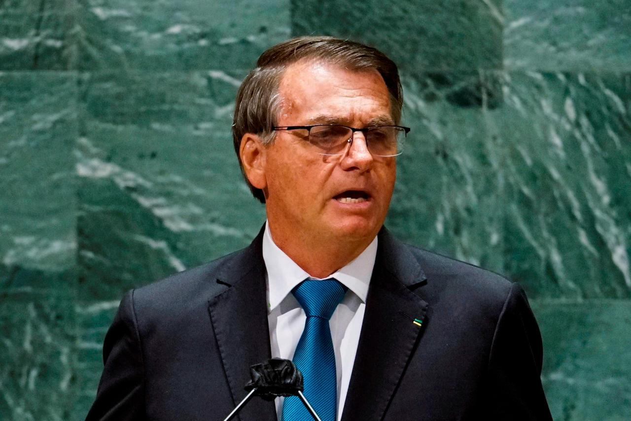 Bolsonaro estaba aislado desde el pasado miércoles, cuando regresó al país de la Asamblea General de la ONU. (ARCHIVO)